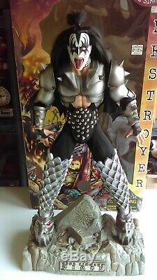 4-Kiss Destroyer 24 Music Playing Figures/Dolls Gene Paul Ace Peter Boxed