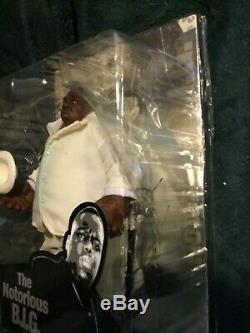 Biggie Smalls figure Rare Variant White Suit'Rest in Peace' Mezco Notorious Big