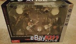 Box Set 4 Figure Metal/hard Rock Kiss Alive-gene Simmons, Paul Stanley, Ace, Crisis