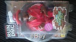 Exclusive Jam Master Jay it. Red. Mezco toys. Mint. Toys. Music. Rap