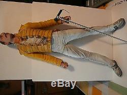 FIGURINEFreddy MercuryQUEEN- articulée et sonore+ microhauteur=47 cm RARE