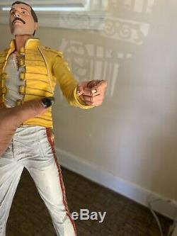 F/S Freddie Mercury 18 Inch Action Figure Rare 2006 With Sound