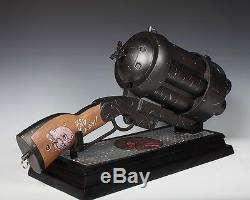 Hellboy Revolver Big Baby & Music Box 1/1 Figure Statue Hot Toy Prop Collectible