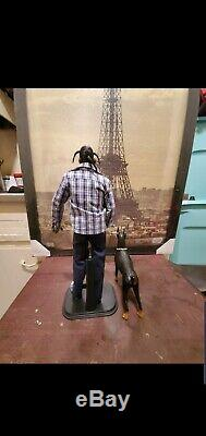 Hip Hop Snoop Dogg Action Figure Doll (RARE) with doberman pinscher and DR chain