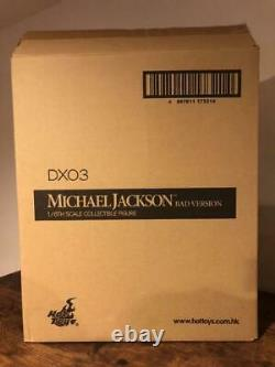 Hot Toys Michael Jackson Figurine Bad Version
