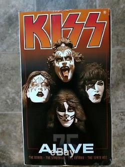 KISS ALIVE Special Boxed Edition Super Stage Figure Set McFarlane 2002
