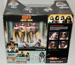 KISS Band Love Gun McFarlane Deluxe Boxed Edition Action Figure Super Stage Set