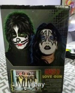 KISS LOVE GUN DELUXE BOX EDITION. Mcfarlane figures