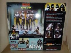 MCFARLANE KISS Love Gun Deluxe Boxed Edition Action Figure 2004