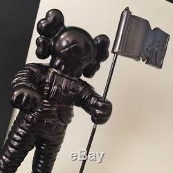 MTV KAWS MoonMan Video Music Award Trophy Black BE@RBRICK RARE Supreme