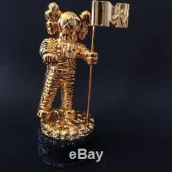 MTV KAWS MoonMan Video Music Award Trophy Gold BE@RBRICK RARE Supreme