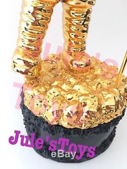 MTV KAWS MoonMan Video Music Award Trophy Gold BE@RBRICK RARE Supreme