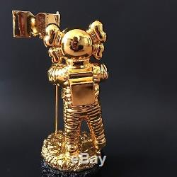 MTV KAWS MoonMan Video Music Award Trophy Gold BE@RBRICK RARE Us Seller