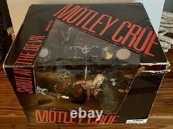 McFarlane Toys Motley Crue Shout at the Devil Deluxed EdItion With Ozzy Bundle