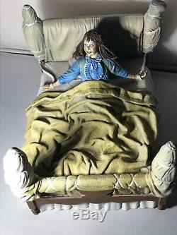 NECA The Exorcist Regan Possessed Deluxe Figure, theme music+motorised head 360°
