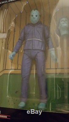 NES Friday the 13th Power Play NECA Jason Voorhees Action Figure PLAYS MUSIC