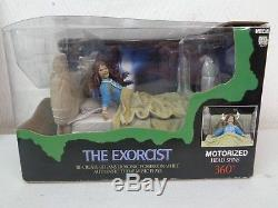 Neca Reel Toys The Exorcist Figure Deluxe Boxed Set Theme Music Head Spins 360