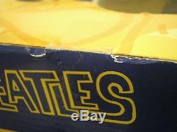 New THE BEATLES McFarlane Deluxe Box Set CARTOON BAND Animation DOLL FIGURE Toys
