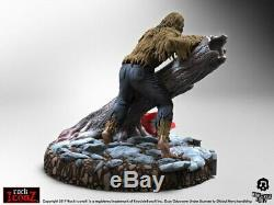 Ozzy Osbourne Bark at the Moon Rock Iconz Statue-KNUBATM100-KNUCKLEBONZ