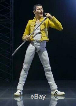 QUEEN Freddie Mercury Live at wembley S. H Figuarts Action Figure Bandai Tamashii