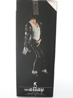 Rare Michael Jackson King of Pop Dangerous World Tour 12 Figure Billie Jean