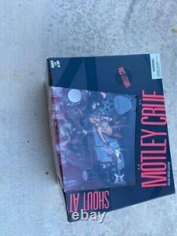 Rare Motley Crue Mcfarlane Deluxe Shout at the Devil Action Figures Set