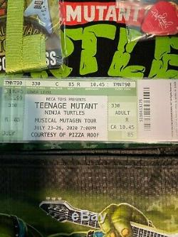 SDCC 2020 NECA TMNT Musical Mutagen TOUR 1990 Target Bundle Size Large In Hand