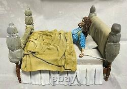 The Exorcist Regan Possessed Deluxe Boxed Head spins 360 with music NECA